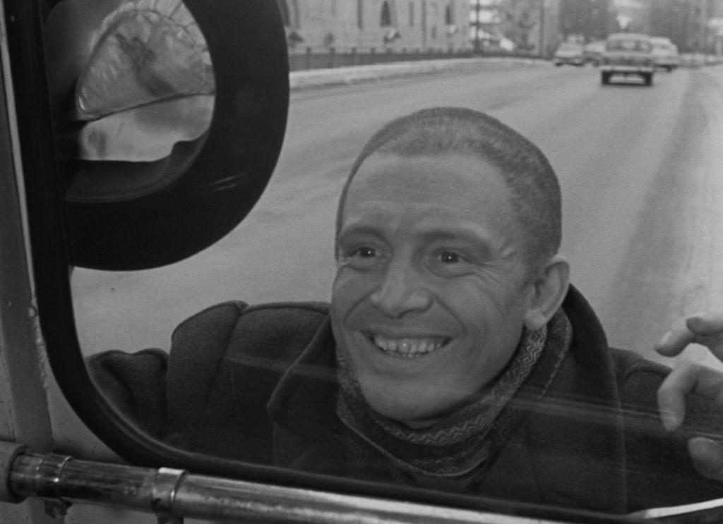 Beregis.avtomobilya.1966.BDRip_.720p.mkv-00022.jpg